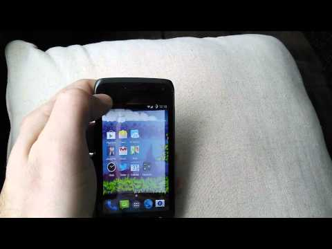 CyanogenMod 11 running on a Samsung Galaxy Exhibit 4G with 512MiB of RAM