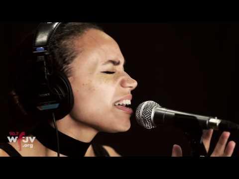 "Jones - ""Indulge"" (Live at WFUV)"