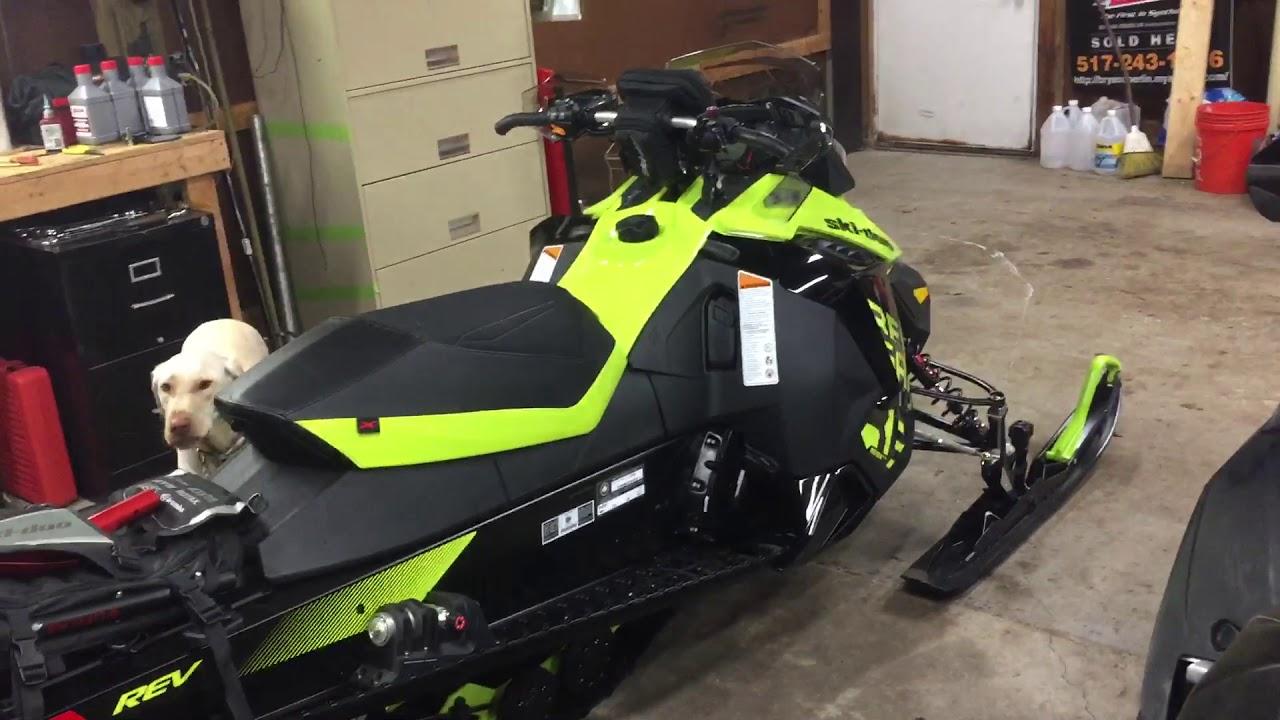 2018 Skidoo Renegade X 1200 Walk Around