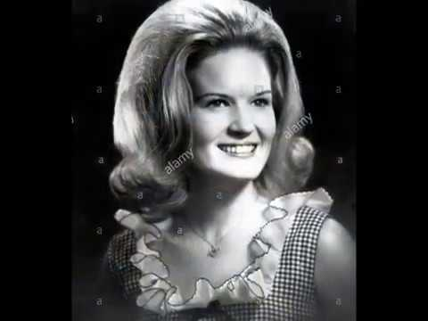 Lynn Anderson -- Singing My Song