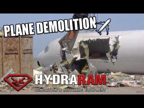 Demoltion Aircraft with Hydraram HSS-18RV scrap shear