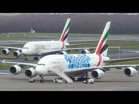 AIRBUS A380 LANDING + Another AIRBUS A380 on the ground (4K)