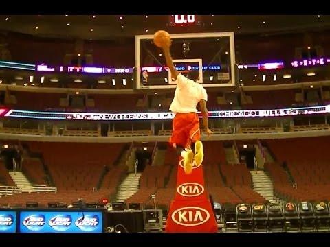 "TFB::Dunks:: 5'9"" James Justice has a 50"" Vertical Leap (NCAA Slam Dunk Champion)"