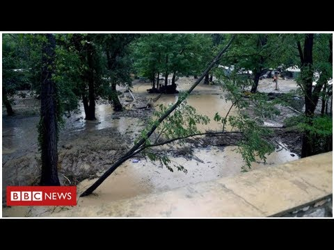France rescues 1,600 campers from floods