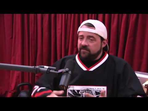 Kevin Smith on the Time He Offered to Give a Heckler His Money Back - The Joe Rogan Experience