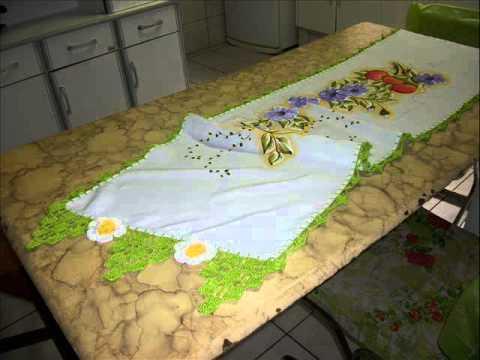 ateliê casinha de boneca - by Elaine - Caminho de mesa