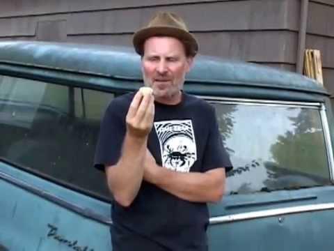 Todd Robinson Eats Lemon Cake