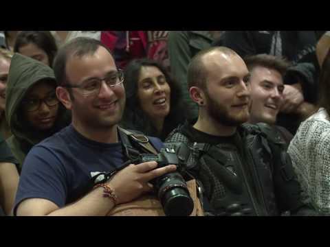 INTERVIEW Warwick Davis @ MCM London Comic Con