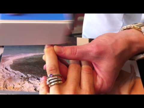 Garotas Modernas.com mostra Beautifying Nail Kit da Dead Sea Premier Travel Video
