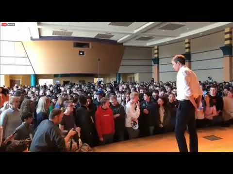 Beto O'Rourke grilled by Penn State student: 'When am I going to get an actual policy from you?'