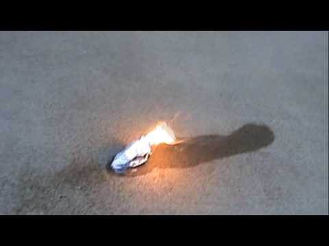 Magnesium + Water Explosion And Homemade Fireworks & Playing With Fire Mg + H2O