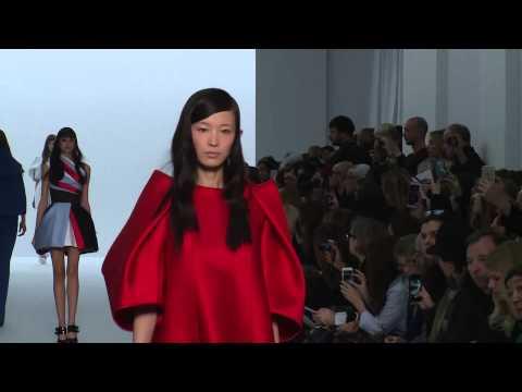 「ディーチェ・カヤック」15年春夏オートクチュール Dice Kayek – Haute Couture Fashion Show S/S 2015 in Paris