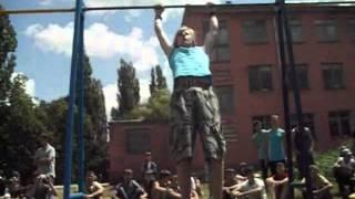 Соревнования по Street Workout в поселке Ладан(Черниговская обл. поселок Ладан Видео-отчет., 2012-06-30T08:24:40.000Z)