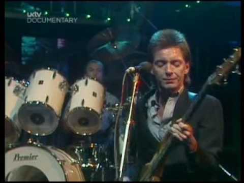the jam - town called malice - live on the tube - vcd [jeffz].mpg