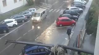 Зачем мотоцикл если есть машина