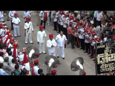 Aaja Aai Bahar dil hai bekrar by Hindu Jea Band, Jaipur