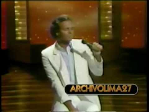 """JULIO IGLESIAS """" MOMENTOS """" EN VIVO EE.UU 1982"""