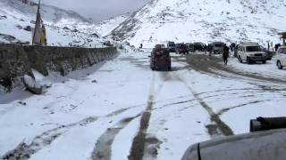 Leh Ladakh - Changla pass snow covered