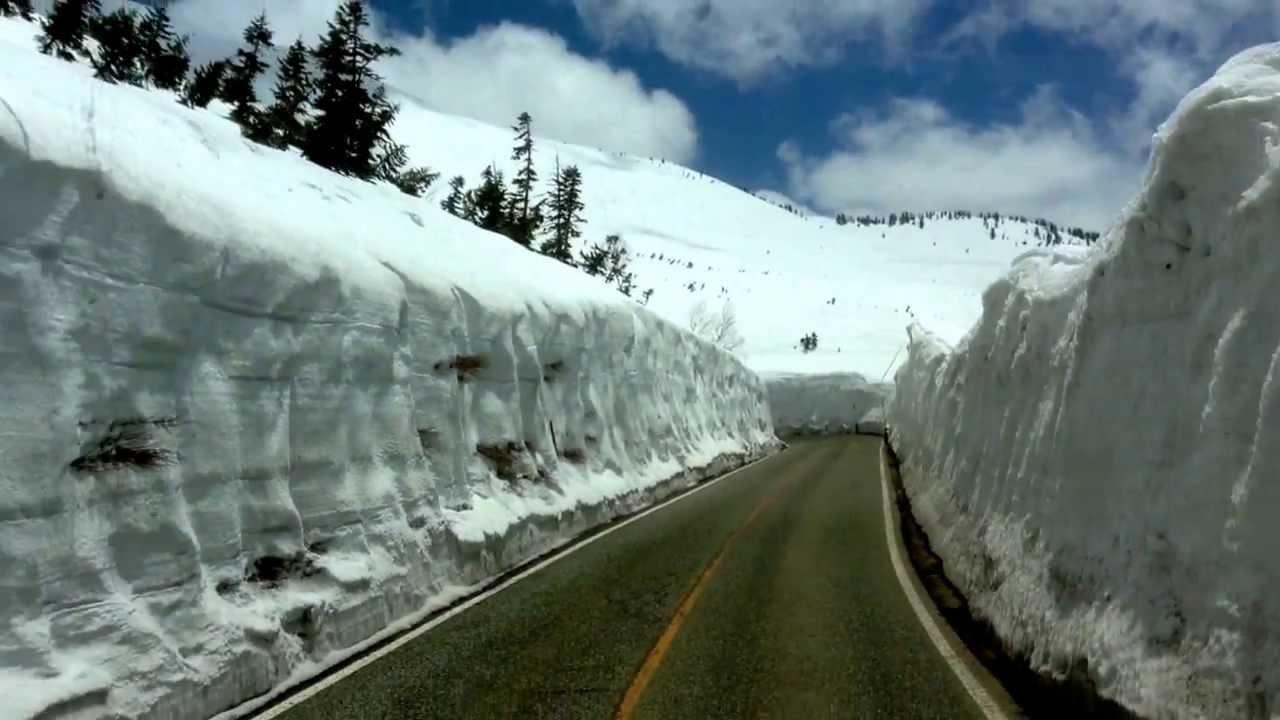 立部黑山雪牆。 - YouTube