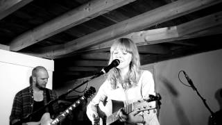 Lucy Rose - Scar (Live in the Barefoot Orangery 160812)