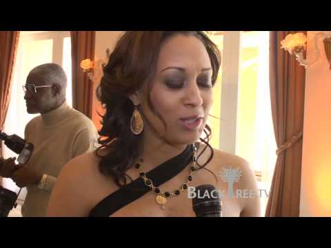 Essence Pre-Oscar Luncheon with Victoria Rowell and Tia Mowry