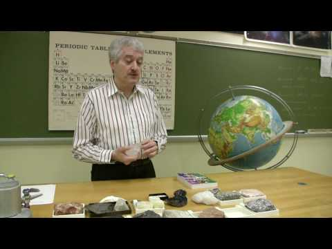 Rocks & Minerals : Identifying Minerals