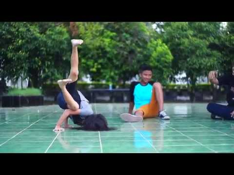 Breakdance practice, Funky Naughty Aceh