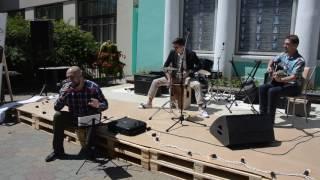 "Музыкальная площадка на рынке ""Кварталов"""