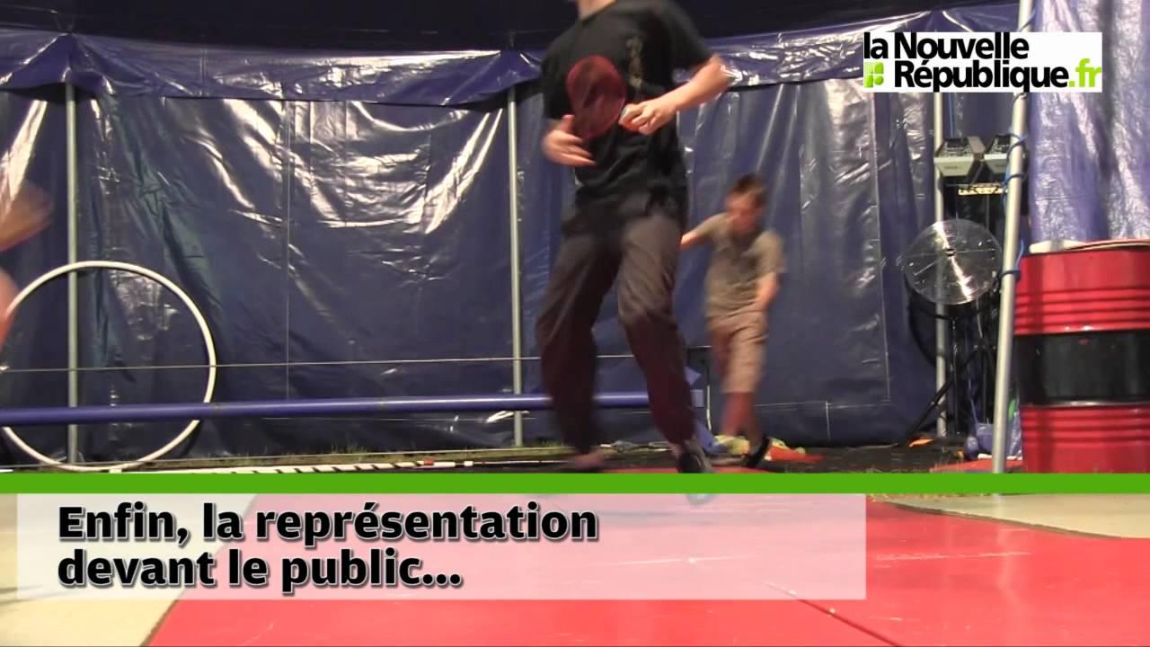 Souvent VIDEO. Tours : ils ont fait le cirque au centre de loisirs - YouTube PE63