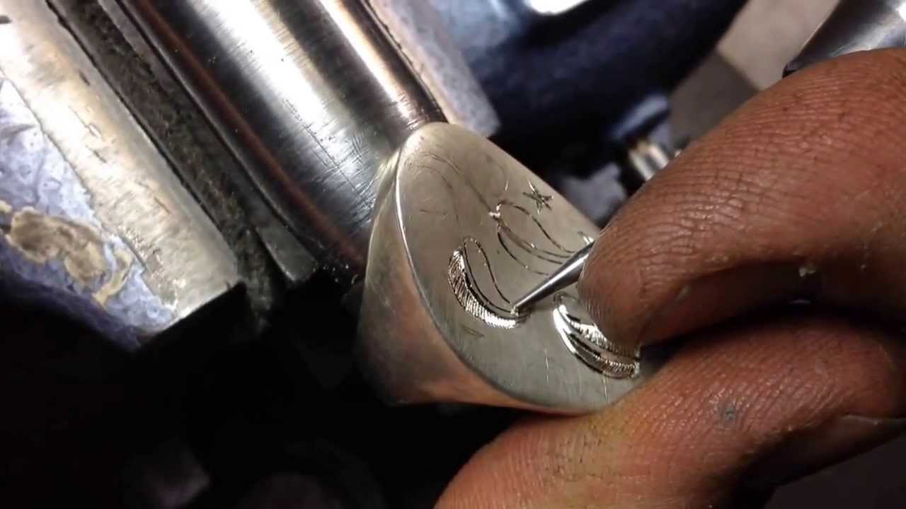 Hand Engraving A Pretty Leaf Design On A Signet Ring Youtube