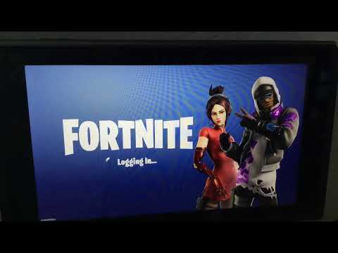 Logging In......Patching.....Fortnite Lag!