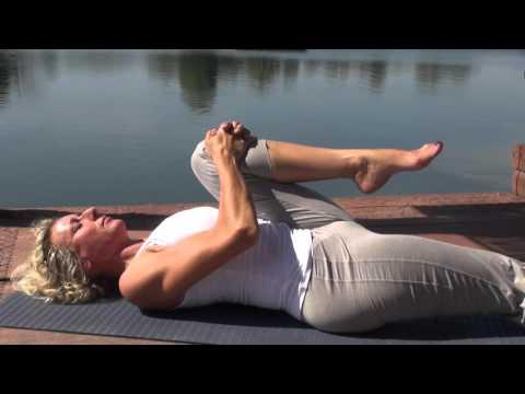 Yoga deutsch Mittelstufe - Übungen für den unteren Rücken!