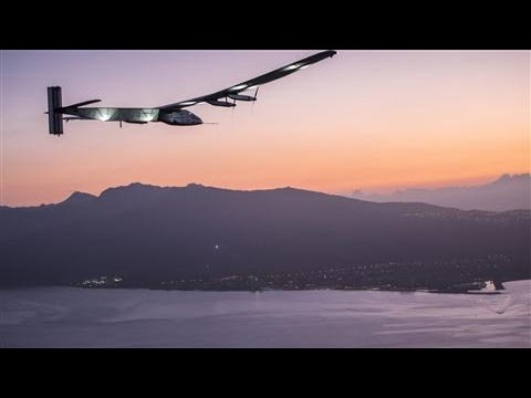 Solar Plane Lands in Hawaii After Five-Day Flight