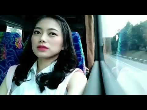 Desy to JKT48 MV Kachuusha
