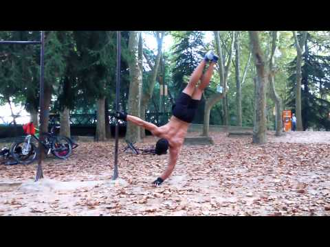 Young boys street workout - Street Workout Sacofa