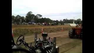Briagolong Tractor Pull November 2014 part 1