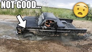 One of Live2Thrill's most viewed videos: Hitting the BIG HOLE!!! -- Extreme 4x4 MUDDING