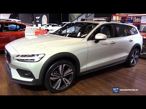 2019 Volvo V60 Cross Country - Exterior and Interior Walkaround - 2019 Montreal Auto Show