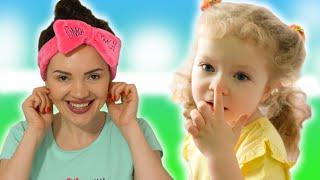 Head shoulders knees and toes song. Head shoulders song.Nursery Rhymes by Sasha Kids Channel.