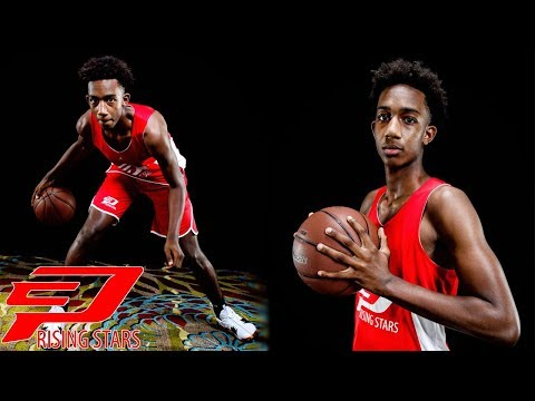Caleb Young is an INSIDE/OUT THREAT at the 2018 CP3 Rising Stars Camp
