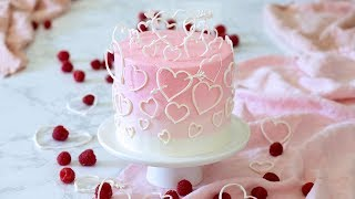 How to Make a Valentine's Day Cake