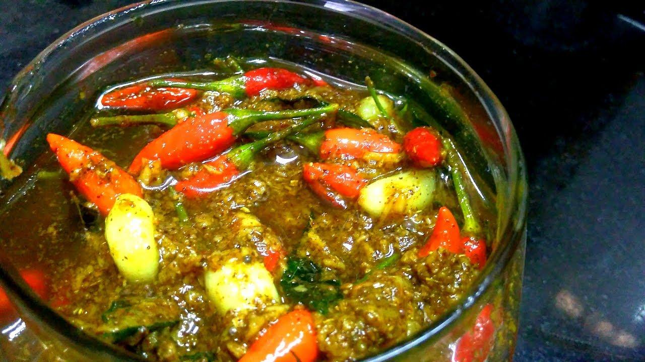 how to prepare garlic pickle in tamil