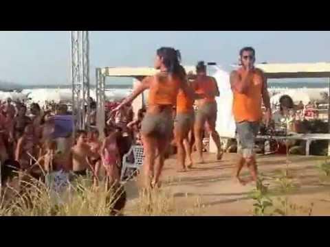 LA PLAYA DEL SOL - RICCIONE 2012 - ANIMAZIONE BALLI DI GRUPPO - YouTube