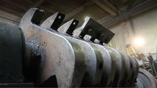 Дробилка для пластика: изготовление нового ротора, замена подшипников и шкива(Изготовляем новый вал ротора дробилки, била, заменяем шкив и подшипники. Подробнее на сайте: http://www.1grc.ru/#!%D0%94..., 2016-03-15T09:35:45.000Z)
