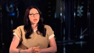 orange is the new black laura prepon alex vause season 2 on set tv interview