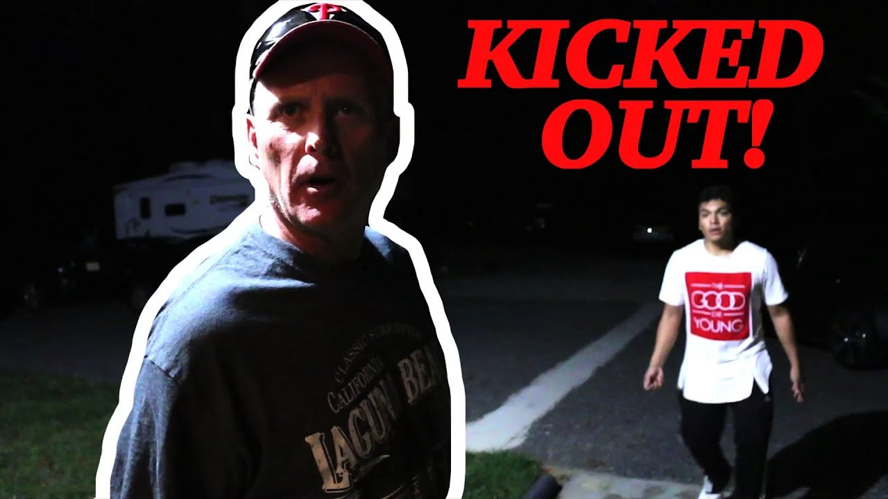 psycho-dad-kicks-out-a-fan