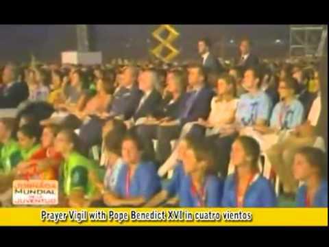 prayer-vigil-with-pope-benedict-xvi-at-the-cuatro-vientos-airfield-world-youth-day-madrid-2011