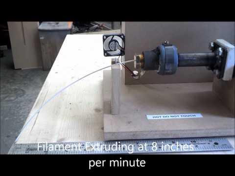 bradley lyman filament extruder erzeugt abs und pla filament aus pellets. Black Bedroom Furniture Sets. Home Design Ideas