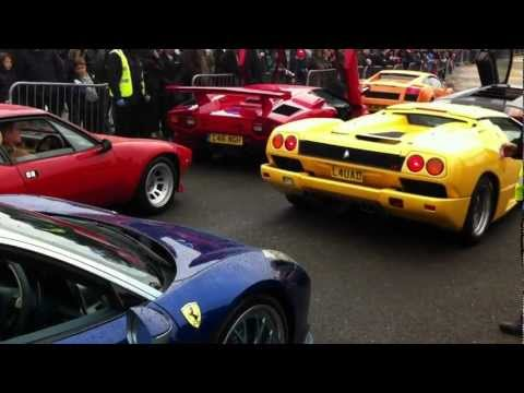 Ferrari 458 Italia held up by four Lamborghini's at Brooklands – Auto Italia 2012