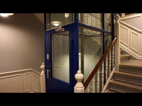 3 DOORS! 1983 TS-Lifton inground telescoped hydraulic elevator @ Toldbodgade 39, Copenhagen, Denmark